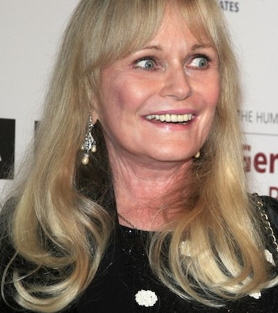 Valerie Perrine Teeth